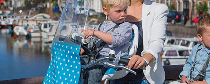 Qibbel to go voor voorzitje in Top 10 Beste fietsstoeltjes voor