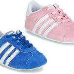 Bekijk de adidas Gazelle Crib baby babysloffen